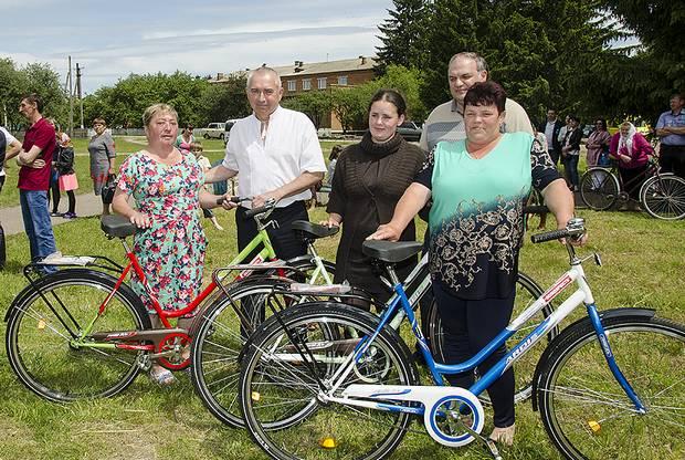 Сільські листоноші отримали велосипеди