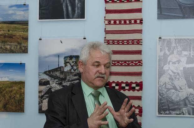 Автор і організатор виставки Евген Шваб