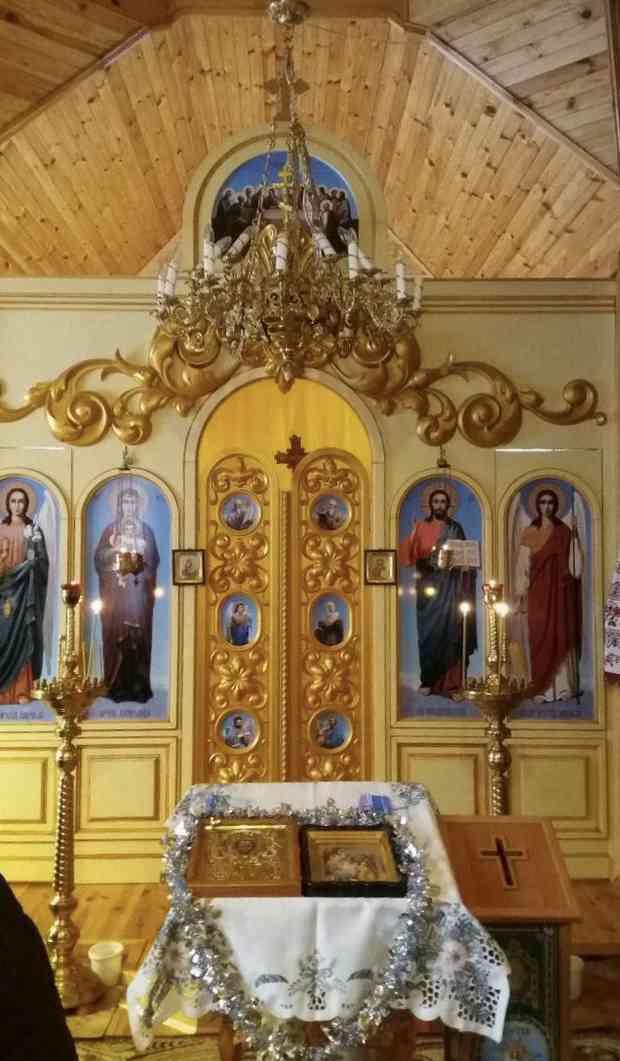 Храм Святого Миколи Чудотворця в середині