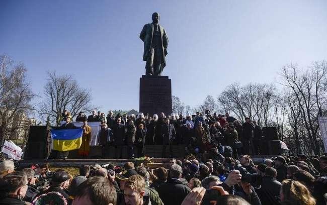 9 березня біля пам'ятника Тараса Шевченка у м. Києві
