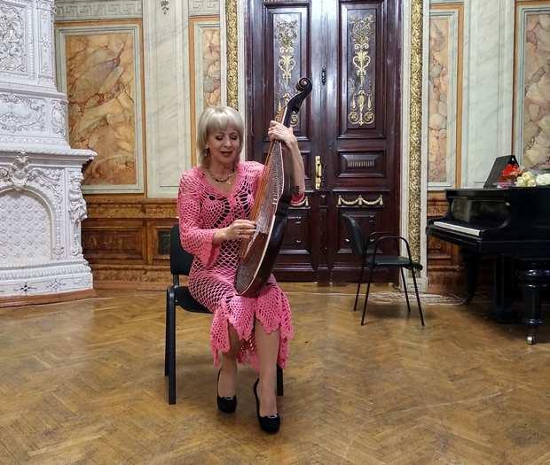 Народна артистка України Світлана Мирвода