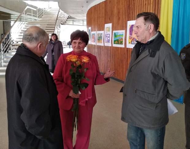 Представники земляцтва вітають Валентину Миколаївну Семенюк