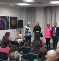 Режисер-постановник Валерій Степанян-Григоренко представляє акторів, які виконували головні ролі.