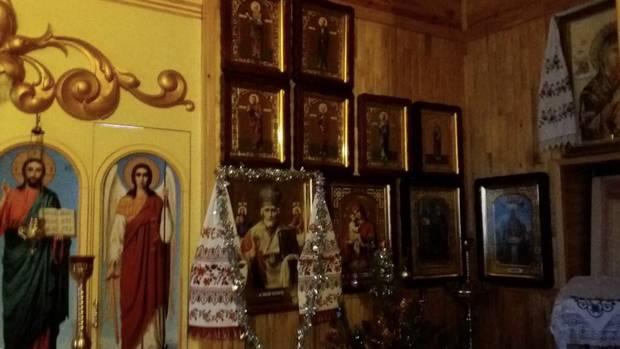 Колекція ікон в храмі Святого Миколи Чудотворця